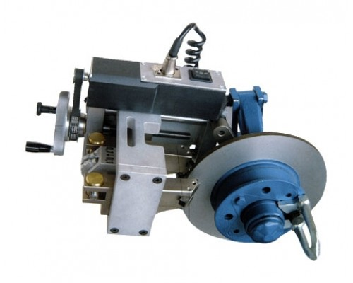 Станок для проточки тормозных дисков легковых автомобилей TD302.MNF